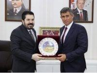Metin Feyzioğlu, Ağrı Belediye Başkanı Sayan'ı ziyaret etti