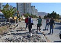 Bünyan Belediyesi Yakutiye Mahallesinde Kaldırım Çalışmalarına Devam Ediyor