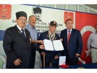 Didimli Kore Gazisi 65 yıl sonra madalya ve berat belgesini aldı