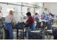 Bu fabrikada çalışanların tamamı kadın