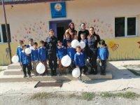 Jandarmadan köy okullarındaki öğrencilerle rol model buluşması