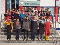 Özel öğrencilerden Mehmetçiğe özel selam