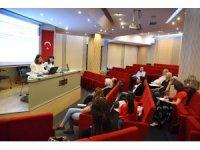 Kadıköy Belediyesi'nden kadına yönelik şiddetle mücadele eğitimi