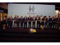 İzmir'in yeni alışveriş merkezi kapılarını açtı