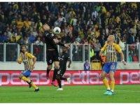 Süper Lig: MKE Ankaragücü: 0 - Beşiktaş: 0 (İlk yarı)