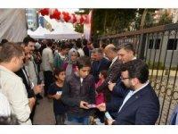 AK Parti Batman İl Başkanı Gür kitap fuarını gezdi