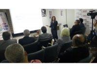 Eskişehirli eczacı Fatımatüzzehra Kıraç'tan 'Uyuşturucuyla Mücadele' konferansı
