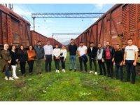 Erzincan'daki Ahıskalı öğrenciler, sürgünün gerçekleştiği tren raylarını ziyaret etti