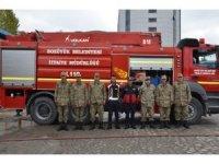 İtfaiyeden askerlere yangın eğitimi