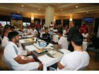 """Ahmet Nur Çebi'den Beşiktaş Futbol Takımı'na: """"Size yalan söylemeyeceğim"""""""