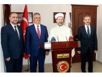 Diyanet İşleri Başkanı Prof. Dr. Ali Erbaş, Vali Aykut Pekmezle bir araya geldi