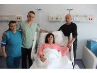 Azerbeycanlı genç kadın Malatya'da sağlığına kavuştu