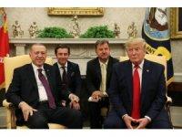 """ABD Başkanı Donald Trump, """"Dört milyon mülteci var Türkiye'de. Avrupa Birliği, daha fazla sorumluluk almalı"""" dedi."""