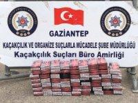 Gaziantep'te araçta zulalanmış kaçak sigaralar ele geçirildi