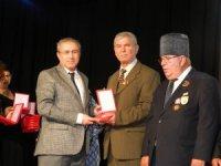 Lüleburgaz Kıbrıs Gazilerine madalyaları verildi