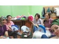 Kaynarca Halk Eğitim Müdürlüğü, sel mağduru çocukları unutmadı