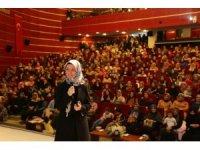 Gebzelilerden Hatice Kübra Tongar'a büyük ilgi