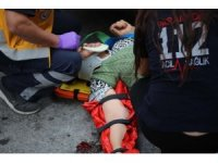 Kuşadası'nda kadın sürücü kadın yayaya çarptı: 1 yaralı