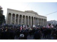 Gürcistan'da halk seçim eyleminde