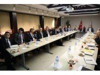 Başkan Palancıoğlu'ndan büyükşehire 2020 yılı yatırım sunumu