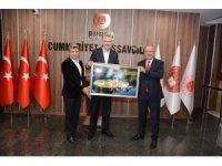 Başkan Özkan, kent dinamikleriyle ilişkileri sıkı tutuyor