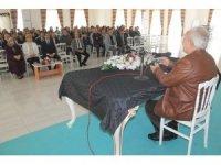 Yazar Vakkasoğlu'ndan öğretmenlere konferans