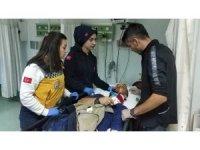 Samsun'da otomobil ağaca çarptı: 4 yaralı