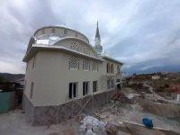 Köylü el ele verip 5 ayda yeni cami yaptı