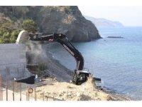 Sit alanına yapılan kaçak inşaatta yıkım sürüyor