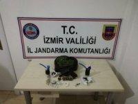 İzmir'de tekel bayiye uyuşturucu baskını