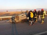 Denizli'de takla atan otomobil sürücüsü yaralandı