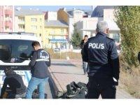 Jandarma binası yakınlarında şüpheli paket alarmı