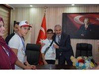 Müdür Ergüder, çocukların Dünya Çocuk Hakları Gününü kutladı
