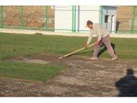 Elazığ Doğukent Stadına çim serimi yapıldı