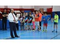 Kütahya'da ara tatildeki öğrenciler için badminton etkinliği