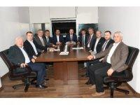 Turan, belediye başkanlarıyla toplantı yaptı