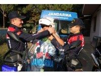 Jandarma 20 Kasım Dünya Çocuk Hakları Günü'nü unutmadı