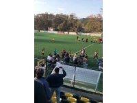Beykoz'da amatör maçta tekme ve yumruklu kavga kamerada