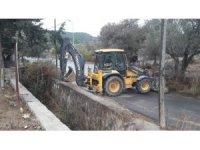 Büyükşehir 13 ilçede 149 bin metre dere temizliği yaptı