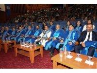 PAÜ'de 108 diş hekimi adayı beyaz önlüklerini giyindi