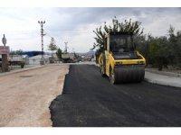 Mut'ta 1 ayda 9 bin ton sıcak asfalt döküldü
