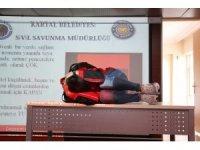 Kartal Belediyesi'nden öğretmenlere ilk yardım ve afet bilinçlendirme eğitimi