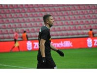 Artem Kravets ilk golünü attı