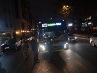 İETT otobüsü yolun karşısına geçmeye çalışan kadına çarptı: 1 yaralı