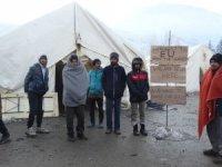 AB sınırındaki orman kampında açlık grevi