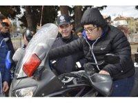 Özel öğrenciler yunus ve motorize ekiplerin yerine geçti