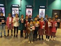 Besnili öğrenciler sinema ile buluştu
