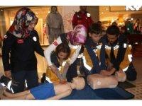 """Van'da """"1-7 Aralık 112 Acil Sağlık Hizmetleri Haftası"""" etkinlikleri"""