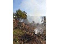 Antalya'da kırsal alanda yangın