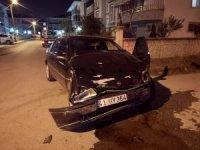 Sakarya'da trafik kazası: 1'i çocuk 3 yaralı